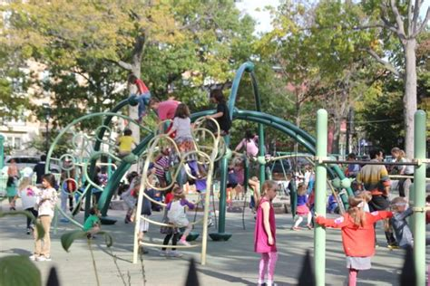 oodle swing families of children hurt on park slope oodle suing the