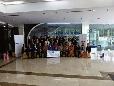 Kellogg Mba Cus Tour by Southeast Asia Global Initiatives In Management Trip Part