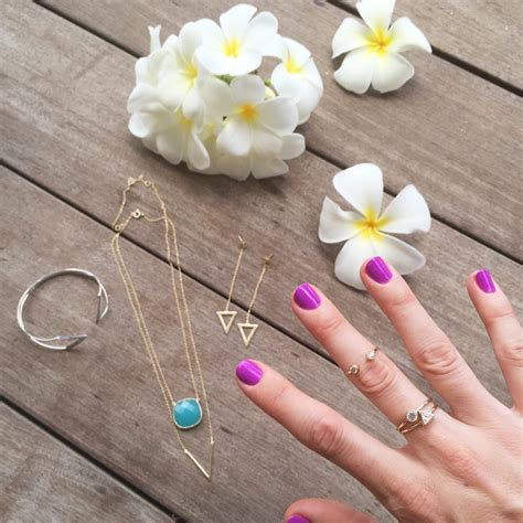 Giveaway Jewelry - bling jewely a giveaway