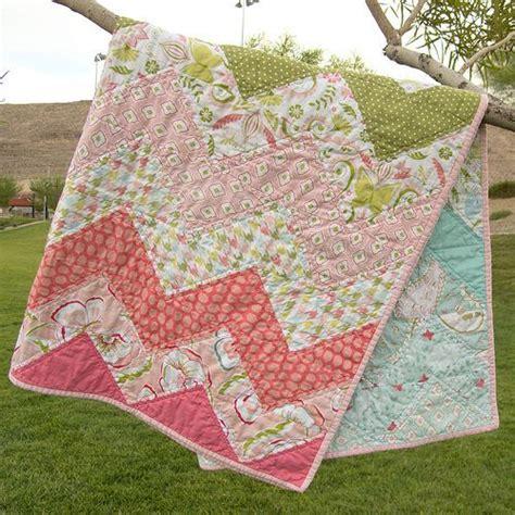 Chevron Baby Quilt Pattern by 25 Best Chevron Baby Quilts Ideas On Chevron