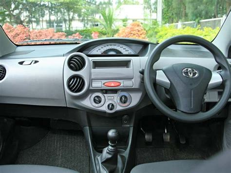 Liva Interior by 2011 Toyota Etios Liva Diesel Related Infomation