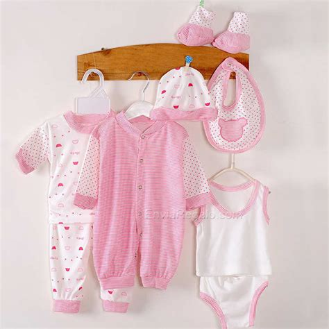 una baby shower entre costuras con botas de agua ropa para beb 233 enviar regalos a domicilio enviaregalo