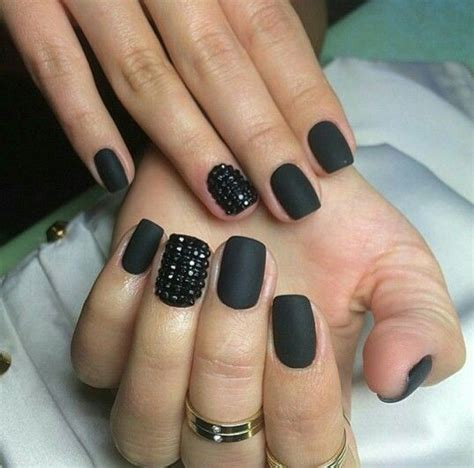 black nail matte black nails www imgkid the image kid has it