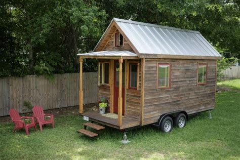 homes on wheels the sip tiny house on wheels tiny house pins
