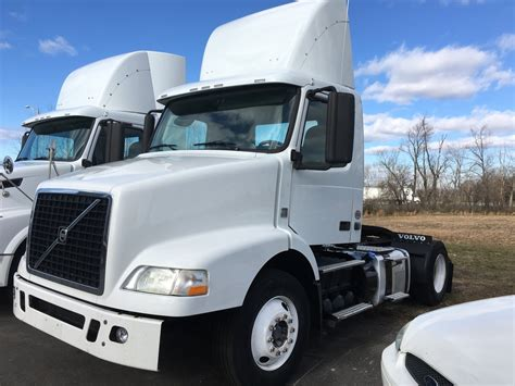 volvo heavy trucks for sale 100 used volvo semi trucks for sale by owner i 294
