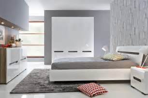 243 ka pomieszczenie sypialnia