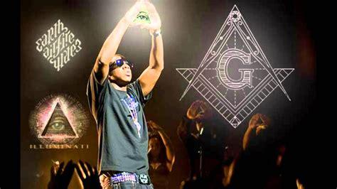 rihanna e gli illuminati gli illuminati controllano la musica 2012