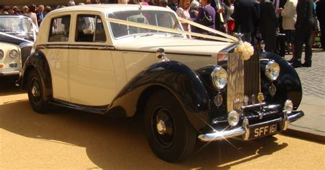 roll royce bentley 1950 rolls royce bentley silver dawn dovecote wedding cars