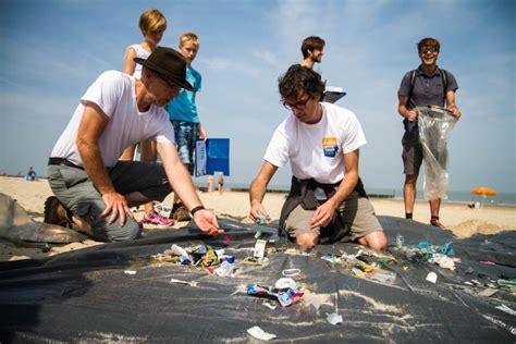 scheepvaart grootste vervuiler in een maand hele noordzeekust schoon schoon zeeland