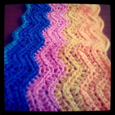 easy zig zag crochet scarf pattern go mumma zig zag crochet with video tutorial so easy