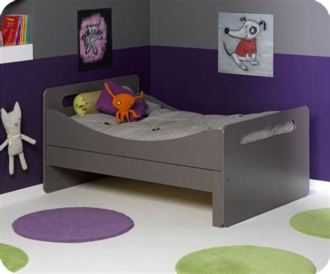 lit evolutif avec tiroir pack lit enfant 233 volutif taupe avec matelas et tiroir