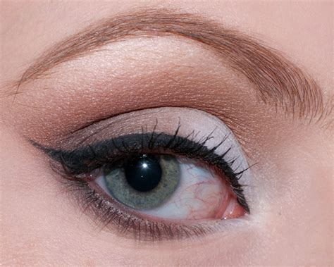 Mac Eyeliner Gel Mac Eye Liner Gel mac fluidline eye liner gel in blacktrack glam radar
