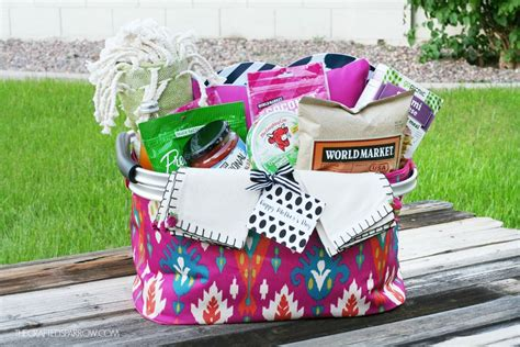 picnic basket ideas s day picnic gift basket idea