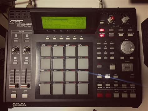 Akai Mpc2500 Image 2014470 Audiofanzine