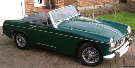 british racing green mg midget mk2 1965 british racing green 1098cc