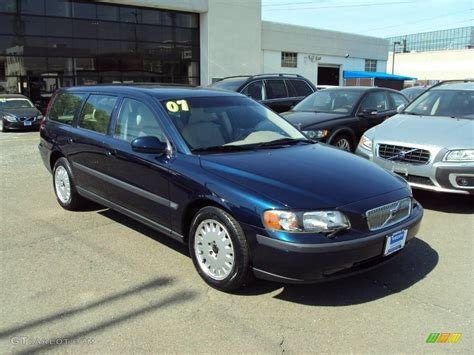 blue book used cars values 2001 volvo v70 seat position control 2001 volvo v70 blue 200 interior and exterior images