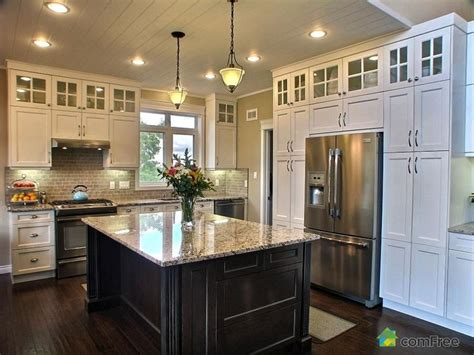 love this hutch for the home pinterest love how the cabinets go all the way to the ceiling empty