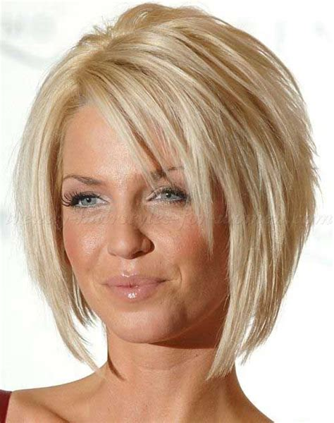 trendy hair cuts for 40 age best 25 short layered bob haircuts ideas on pinterest