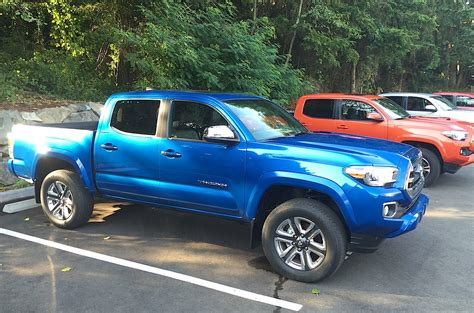 2015 toyota trucks 2016 toyota tacoma more refinement power mpgs and