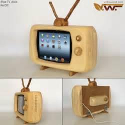 Kitchen Gadget Gift Ideas wood ipad retro television dock craziest gadgets