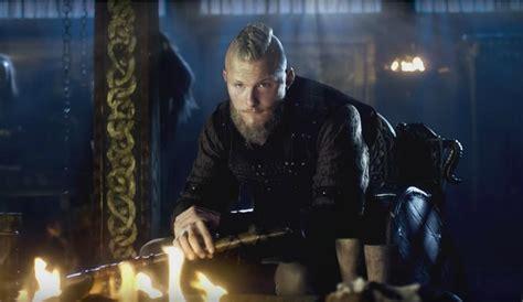 vikings alexander ludwig reveals 5 things about bjorn vikings season 4 bjorn will not only battle himself but
