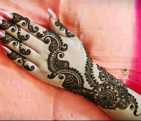 mehndi design 2017 with new styles for attractive girls