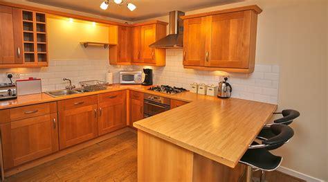 Luxury Kitchen Edinburgh luxury kitchen with breakfast bar dg42 01 edinburgh