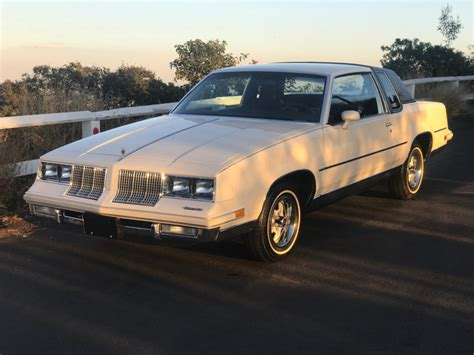 supreme for sale no reserve 20k mile 1985 oldsmobile cutlass supreme for