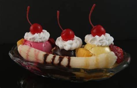 food banana split