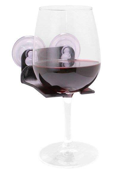 wine glass bathtub holder 25 best ideas about bathtub wine glass holder on