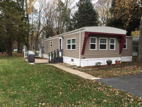 mobile home add on rooms mobile home sun room additions adding on to a mobile home small pictures gallery