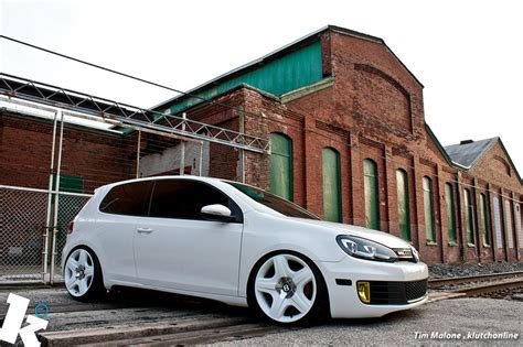 stanced bentley stanced gti on bentley rims vw das auto