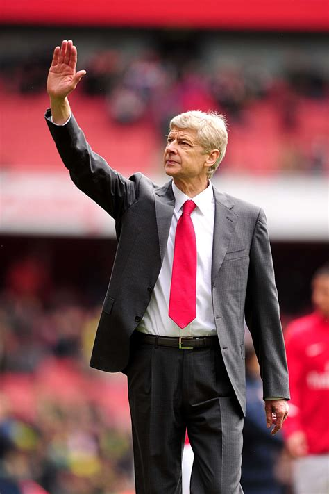 arsenal wenger why wenger must bring in an astute tactical coach