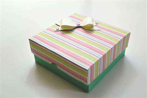How To Make Paper Gifts - how to make a gift box for s day diy paper crafts