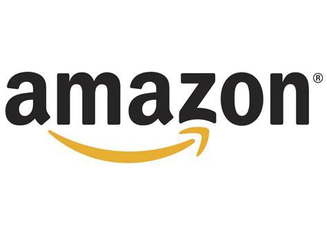 amazon com amazon exec says company decided against accepting bitcoin
