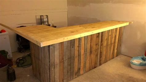 Bar L by 50 Best Loved Pallet Bar Ideas Projects