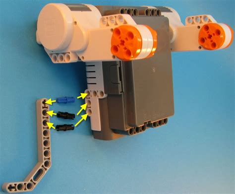 lego robot tutorial build build first robot step 3 lego nxt mindstorms drgraeme net