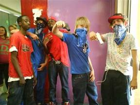 bloods and crips pictures to pin on