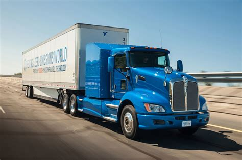 semi truck hydrogen powered toyota semi truck makes 1 325 lb ft of