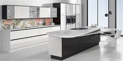 cocina blanca alto brillo cocinas luxe  faro  alvic
