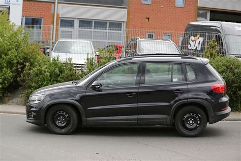 tiguan volkswagen 2015 spyshots all new 2015 volkswagen tiguan will be wider