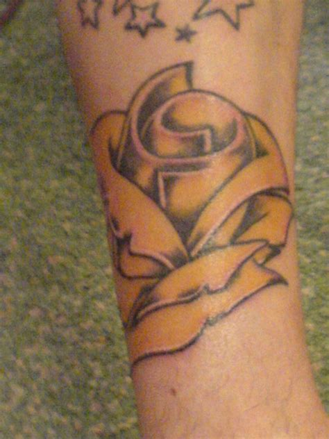 tattoos of yellow roses 1887tattoos yellow tattoos
