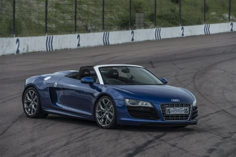 audi r8 experience day audi r8 v10 supercar driving experience driving gift