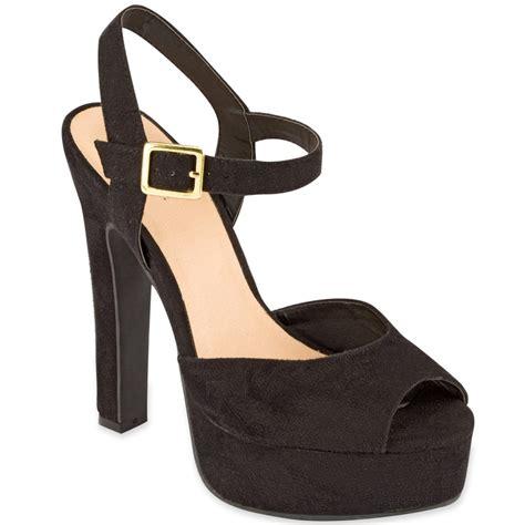 most comfortable black heels olsenboye dakota platform shoes in black s s wedges