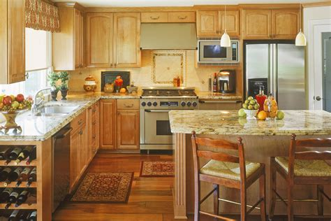 Building Traditional Kitchen Cabinets Kitchen Coffered Ceiling Kitchen Traditional With Kitchen Is Casa Italia Kitchen Kitchen Room