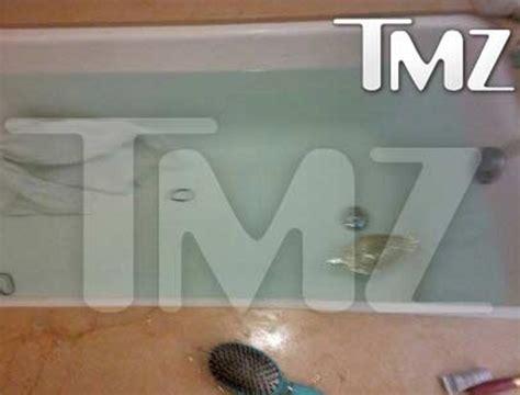 whitney houston dead in bathtub first photo of tub where whitney houston died new york post