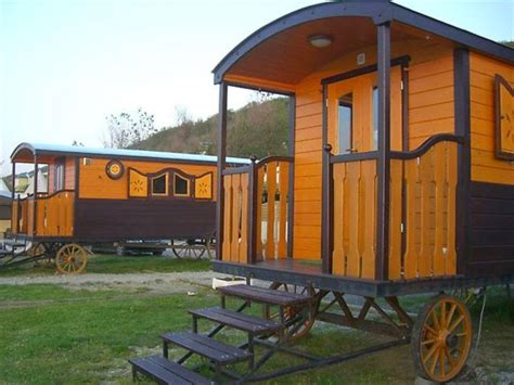 mobili per roulotte roulotte in legno