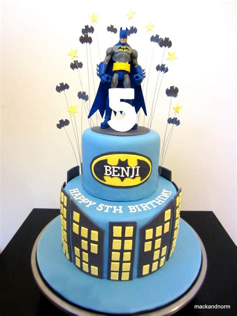 Batman Cake Decorations by How To Make A Batman Cake Cake Cake Pop Decorating
