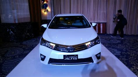 Toyota Corolla Indonesia India Bound 2014 Toyota Corolla Altis Launched In