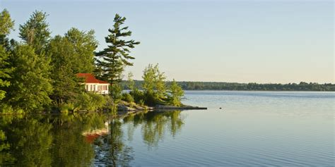 Cottage Canada Ontario by Cottages For Sale In Canada Look What They Ll Run You